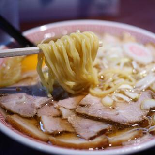中華そば えもと - 料理写真:チャーシュー麺 月見トッピング