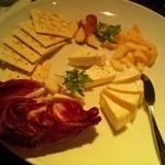 ピーカーブー - チーズ盛合わせ