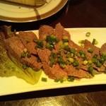 ピーカーブー - 牛肉のたたき