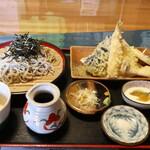蕎麦五楽亭 - 料理写真:天ざるセット
