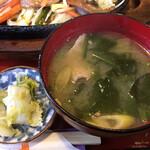 ポート - 白菜の漬物・豚汁(思い込み八鹿豚)