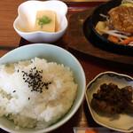 ポート - たまご豆腐・ご飯・牡蠣の山椒煮 佃煮風