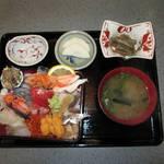 14815670 - 海鮮丼がお勧めです。