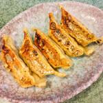 八剣伝 - 肉汁餃子(焼)