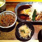 仁松庵 - 煮魚定食(銀カレイ)