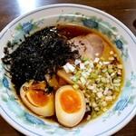 ラーメン 菅家 - 黒磯醤油ラーメン 850円