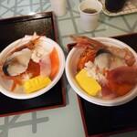 148188812 - オリジナル海鮮丼2人前(サーモン、シメサバ、赤海老、いくら、白子など)