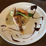 中華バルSAISAI。 - 骨付き鶏モモ肉のコンフィ       四川風シーザードレッシングかけ