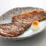 八剣伝 - 炭火焼牛サーロインステーキ