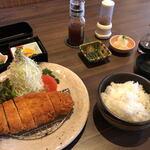とんかつの廣 - 料理写真:おろしロースカツ定食