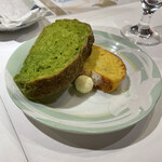 ル・ポティロン - 自家製パン