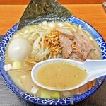 肉煮干中華そば 鈴木ラーメン店 - 白味噌+酒粕のまろやかスープ