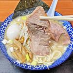 肉煮干中華そば 鈴木ラーメン店 - 箸で切れる程柔らかいチャーシュー