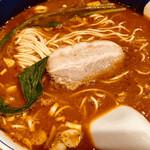 支那麺 はしご - だんだんめん 大辛・麺固め ¥1000-
