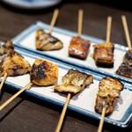 炭火焼専門食処 白銀屋 - 串焼き全8種盛り