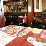 Asian Kitchen Sapana - 店内風景