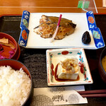 すし・うまいもの処 伊津美 - 鰆西京焼定食 ¥850 (税抜)