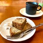 すし・うまいもの処 伊津美 - サービスのデザートとコーヒー