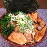 上弦の月 - チャーシュー麺(大盛り)