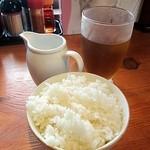 神戸ちぇりー亭 - 白飯+とろ卵+烏龍茶のBセット150円