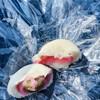 沼田屋 - 料理写真:梅饅頭を割ったところ