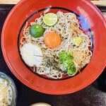 吟松 - 料理写真:卵黄が乗ったおろしそば 爽やかで美味しい♡