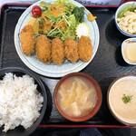 148326631 - 牡蠣フライ定食