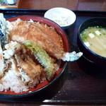 矢乃家 - 【天丼 780円】