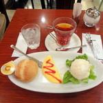 Euro Cafe - モーニングオムレツセット650円