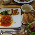 野菜倶楽部 オトノハカフェ - ラクレットチーズハンバーグ