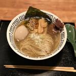 粋麺屋 - flying fish soup 進化らーめん 塩→海老味噌
