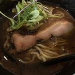 麺場 浜虎 - 大きめ鶏肉