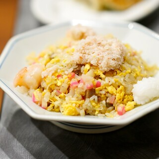中華 味一 - 料理写真:海鮮五目炒飯1050円