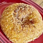 パン工房 Anten Do - 見た目はごく普通の揚げカレーパンです サイズはやや大きめです