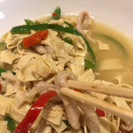 チャ~ボン 多福楼 - 干し豆腐、鶏肉との塩煮込み