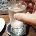 四文屋 - 瀧の司350円(一口飲みました
