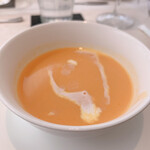 ビストロ ボン・グー・コクブ - ランチコース 2,240円(税込) 人参のスープ