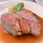 ビストロ ボン・グー・コクブ - ランチコース 2,240円(税込)のメイン ラムランプのロースト 香草風味 (+350円)