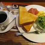 Cafe&Bar DEUR - プレートモーニングセット ドリンク代+130円