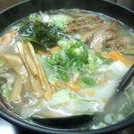 中華料理 彰武 - チャンポンだそうです。私はタンメンだと思います。