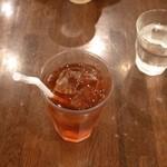 Deco's Dog Cafe - アイス紅茶
