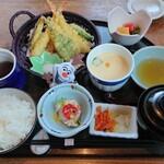 和菜旬菜 ひだまり - 料理写真:天婦羅定食  1200円