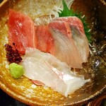 Gyoshoutakaaki - 刺身3種類