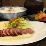 神戸牛 ステーキ ヘンリー亭 - ボリューム満点のステーキ膳