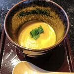 鮎の庄 - 小鉢 にんじんの温かいすり流し 優しい味のポタージュスープ風です