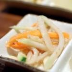 沖縄料理かじまやー - お通し-青パパイヤの和え物-