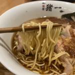 麺屋 猪一 離れ - 追い鰹そば(黒醤油) 1,000円 (リフト)