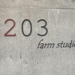 farm studio #203 -