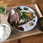 炭火料理と町の食堂酒場 ヤマネコ - 料理写真: