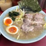 ラーメンショップ - ネギチャーシュー麺 中盛り 940円 トッピング 味玉 60円